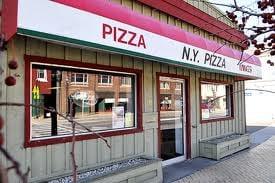 New York Pizzeria: 239 Genesee St, Chittenango, NY