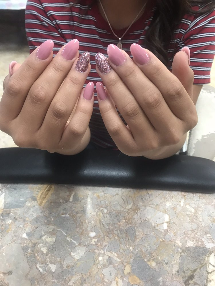 1 Gallup Nails & Spa: 1369 US Highway 491, Gallup, NM