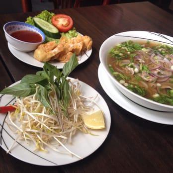 Far east 10 photos thai bernt ankers gate 4 sentrum for Ankers fish fry