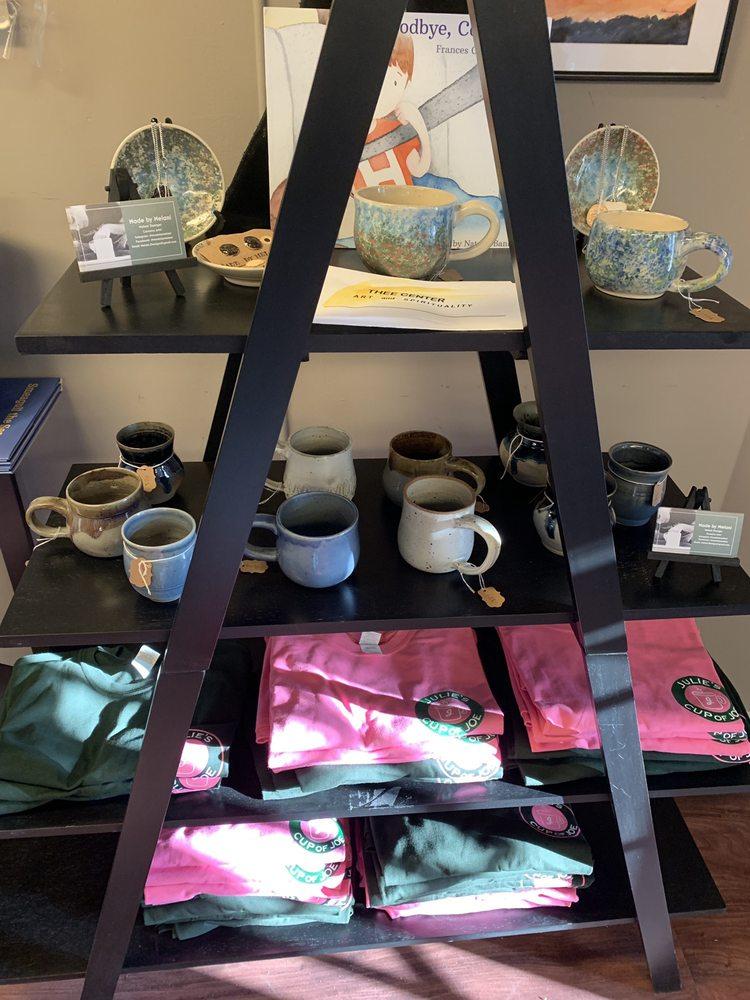 Julie's Cup of Joe: 1283 Boston Post Rd, Westbrook, CT