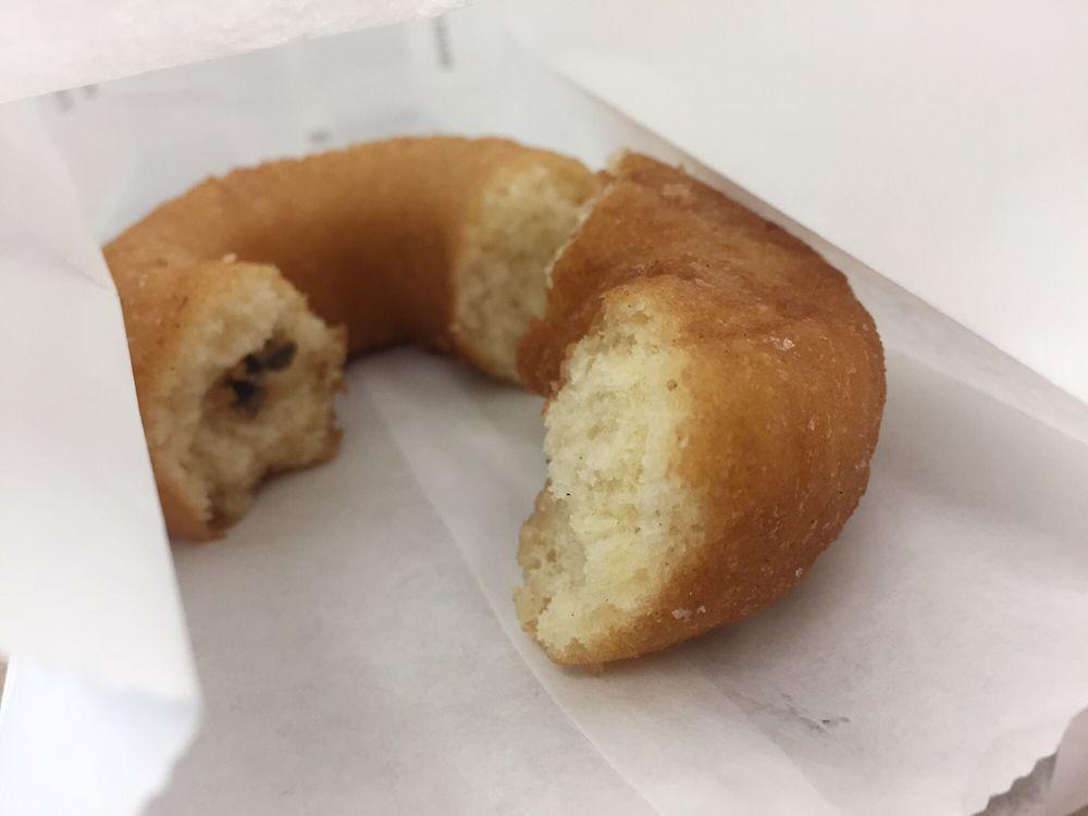 Donut Queen: 1415 Crows Landing Rd, Modesto, CA