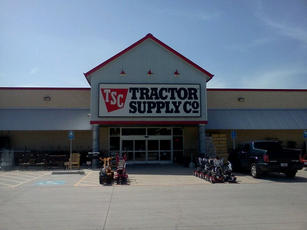 Tractor Supply Factory : Tractor supply company hardware stores n hwy