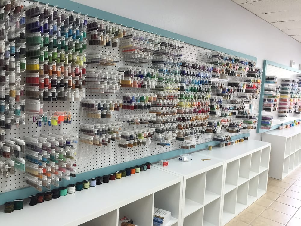 Jennifer Wiles Studio: 4041 Cortez Rd, Bradenton, FL