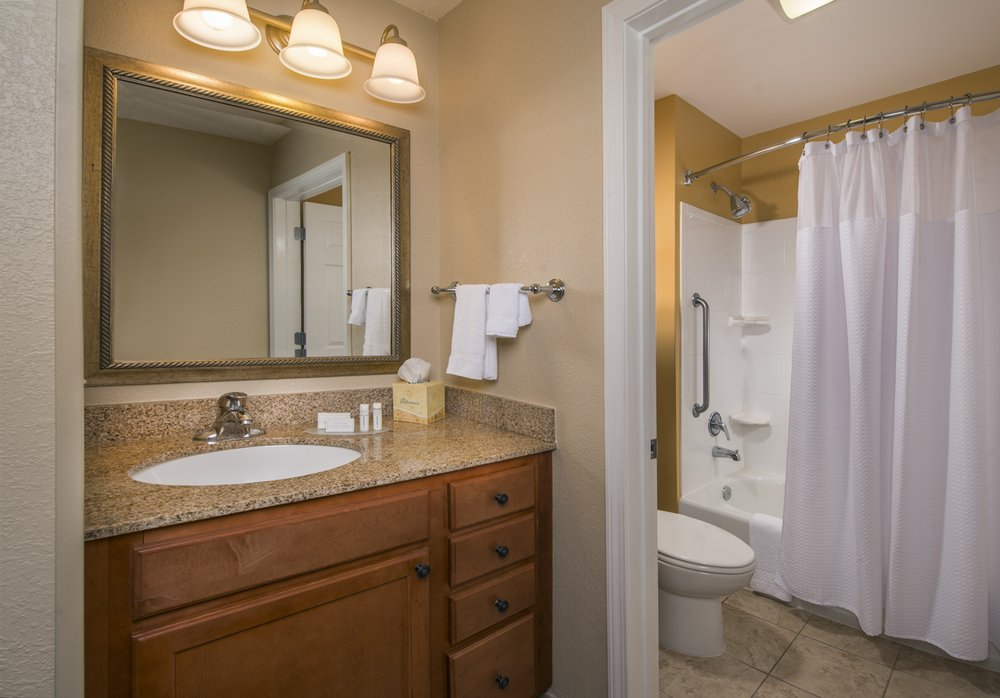 TownePlace Suites by Marriott Clinton at Joint Base Andrews: 7800 Ferry Ave, Clinton, MD