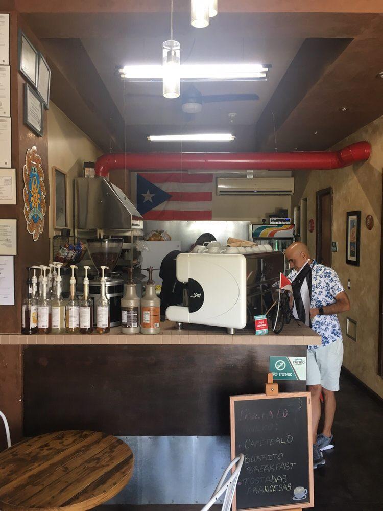 Cafe Patrio: Calle Nuñez Romeru 1-5, Cayey, PR