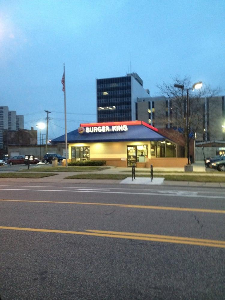 Burger King: 1425 W Lafayette Blvd, Detroit, MI