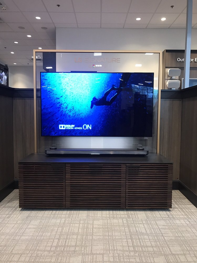 04f2954d68e New 2017 LG OLED! One of only a handful on display in California ...