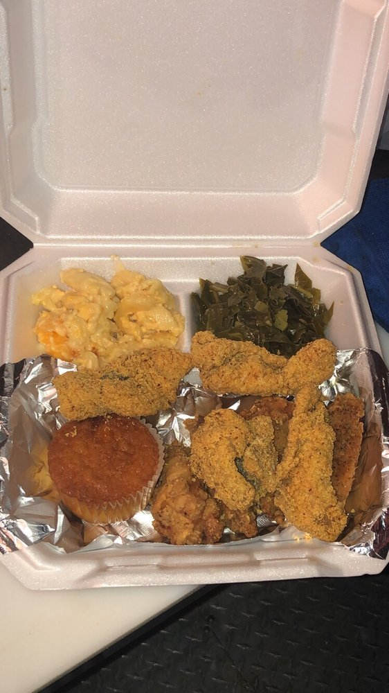 Willie Mae's Soul Food & More: Schertz, TX