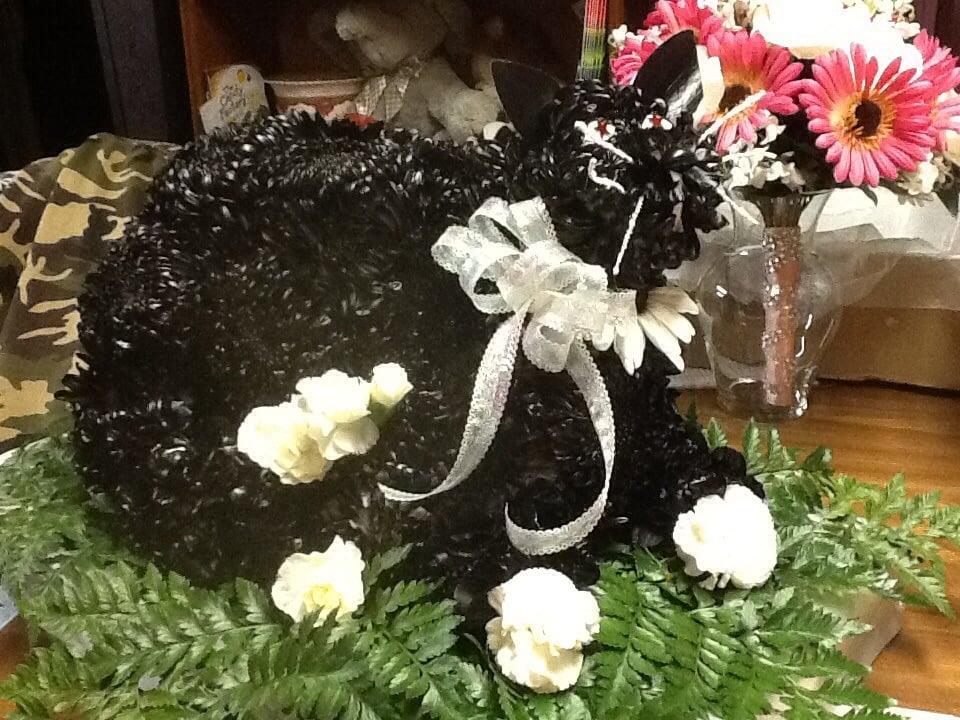 Earlene Hammond Florist: 5867 Gailey Dr, Clermont, GA