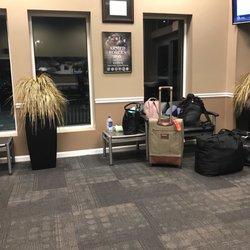 Groome Transportation - 12 Photos & 54 Reviews - Airport