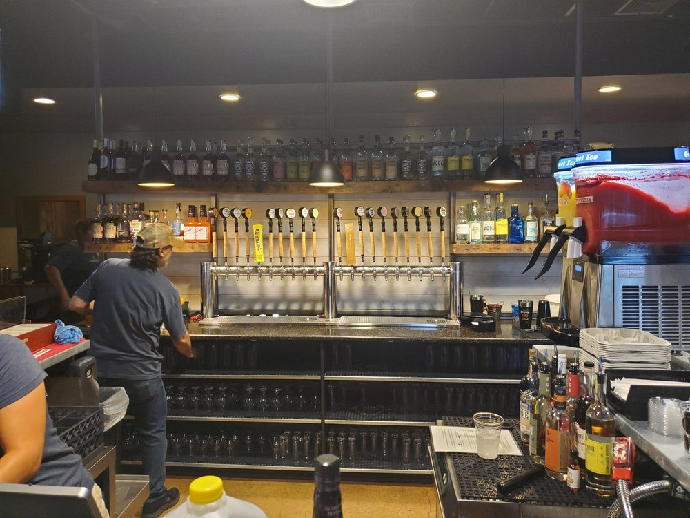 Snitz Creek Brewery: 1805 Fisher Ave, Annville, PA