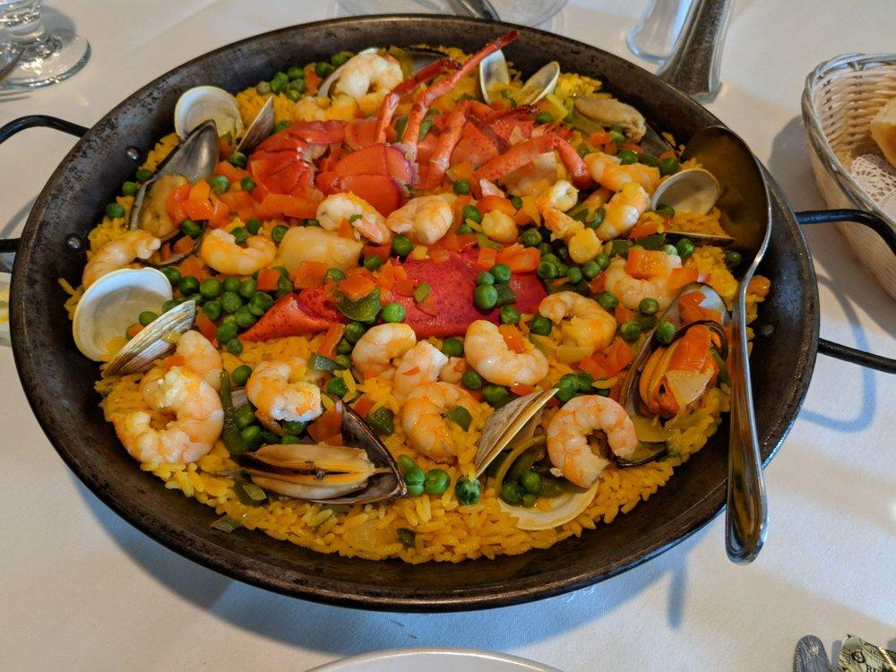 Tio Pepe Restaurant & Bar: 6618 Castor Ave, Philadelphia, PA