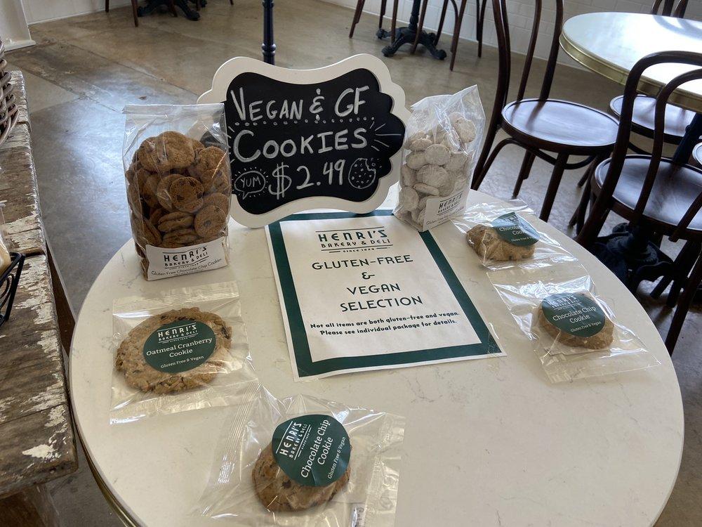 Henri's Bakery & Cafe: 68 N Marietta Pkwy NW, Marietta, GA
