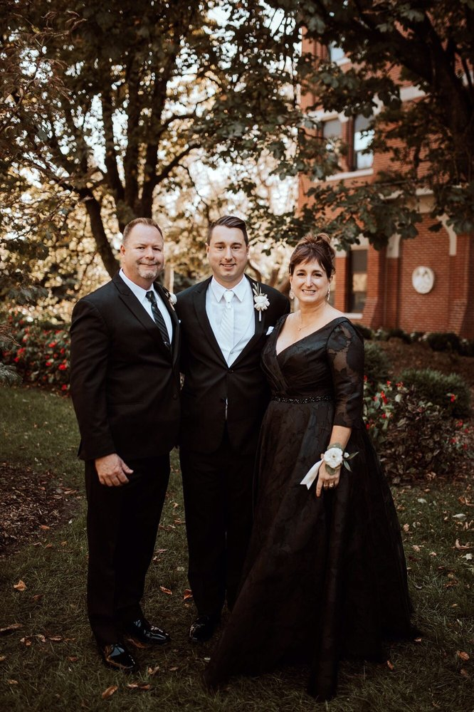 Dress Your Fancy Bridal Boutique: 1308 Vestal Pkwy E, Vestal, NY