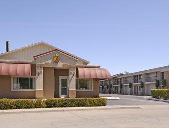 Super 8 by Wyndham Red Bluff: 30 Gilmore Road, Red Bluff, CA