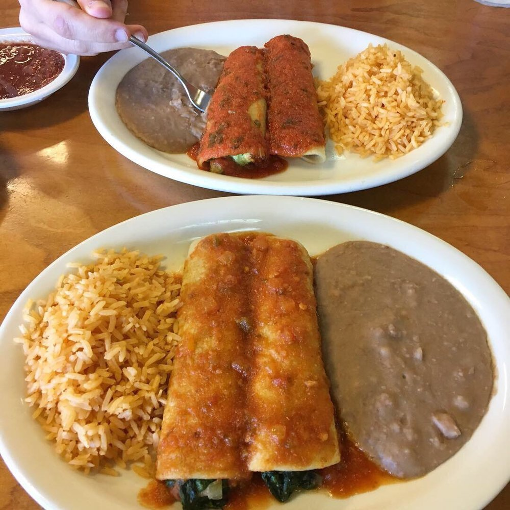 Tierra Del Sol Mexican Restaurant: 1402 Mockingbird Ln, Sulphur Springs, TX