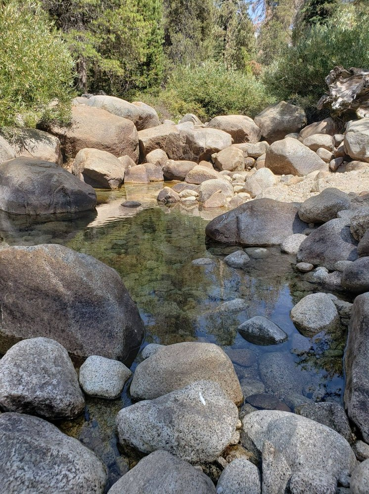 Lodgepole Campground: 47050 Generals Hwy, Three Rivers, CA