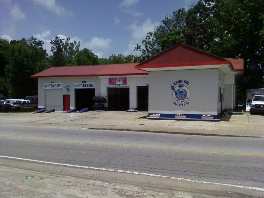 Vann Oil & Tire Service: 669 Main St N, Cornelia, GA