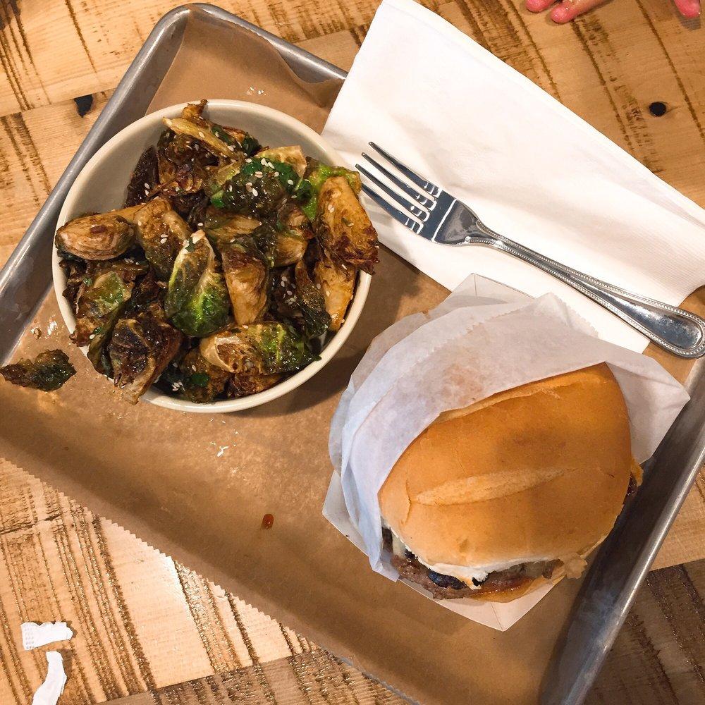 Mainely Burgers: 704 Massachusetts Ave, Cambridge, MA