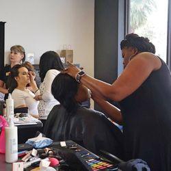 Summit salon academy gainesville 16 photos for Accent styling salon gainesville