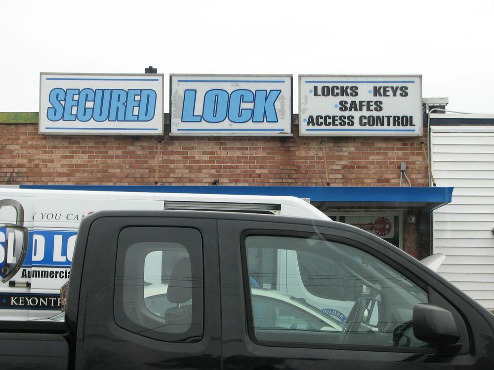 Secured Lock: 214 Henderson Dr, Jacksonville, NC