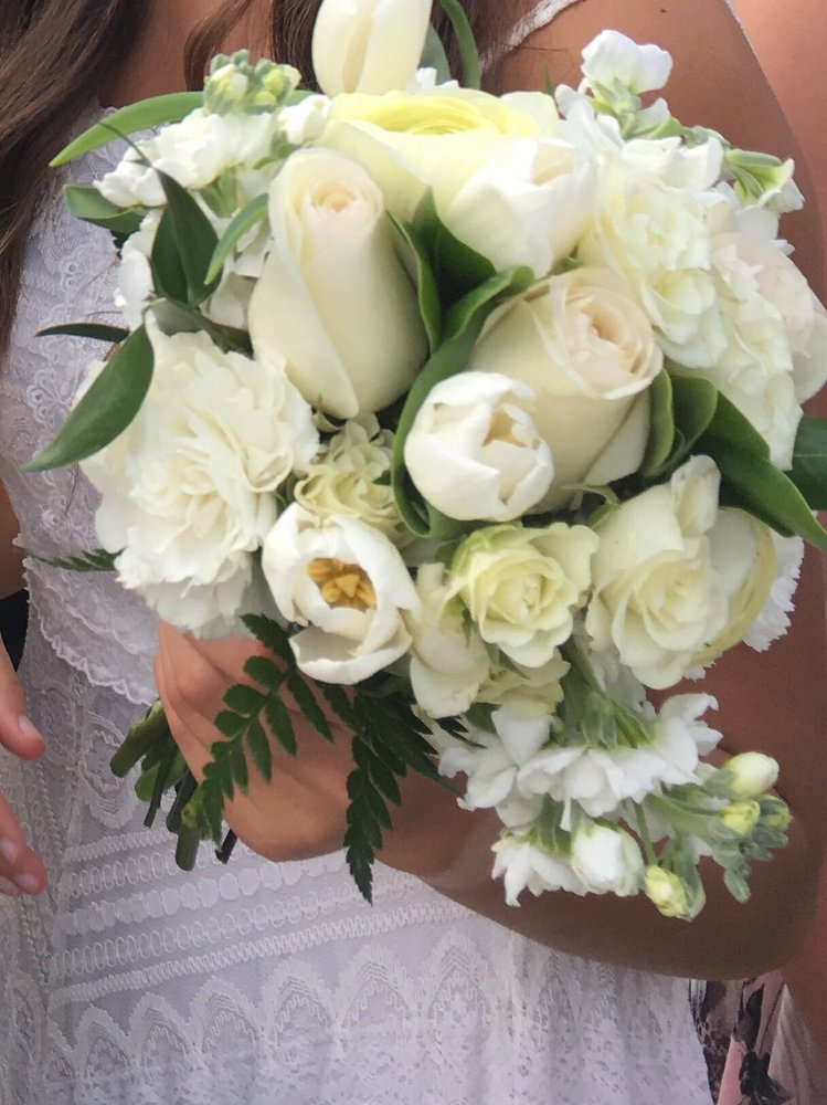 1 photo for Suwanee Towne Florist