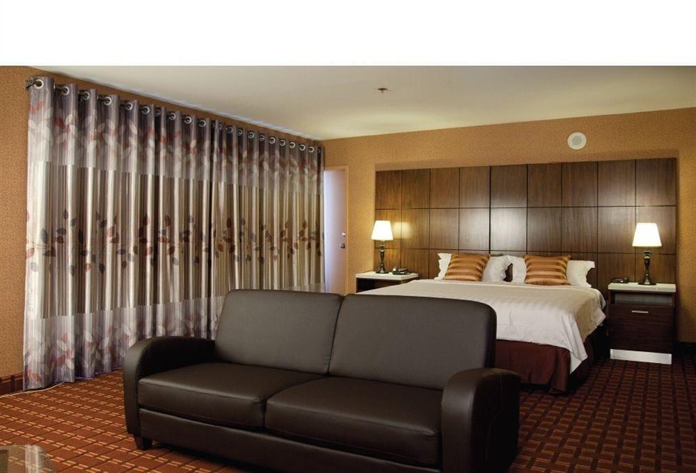 business suite yelp. Black Bedroom Furniture Sets. Home Design Ideas