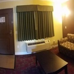Photo Of Travelodge Inn Suites By Wyndham Bell Los Angeles Area Ca
