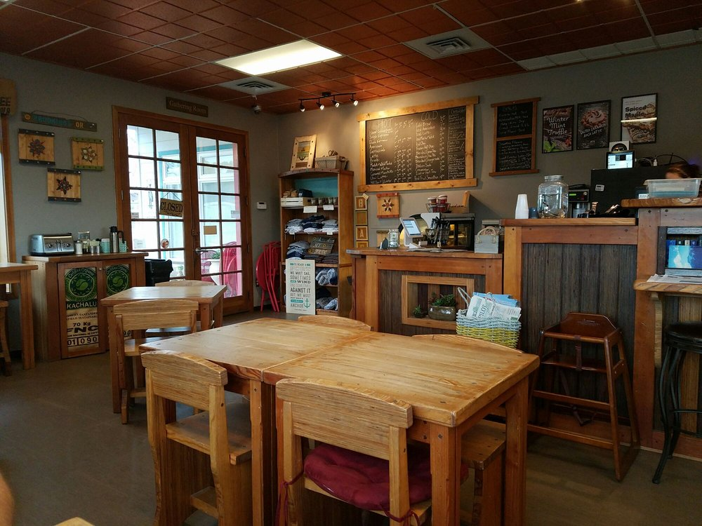 The Bell & Whistle Coffee House: 16350 Lower Harbor Rd, Brookings, OR
