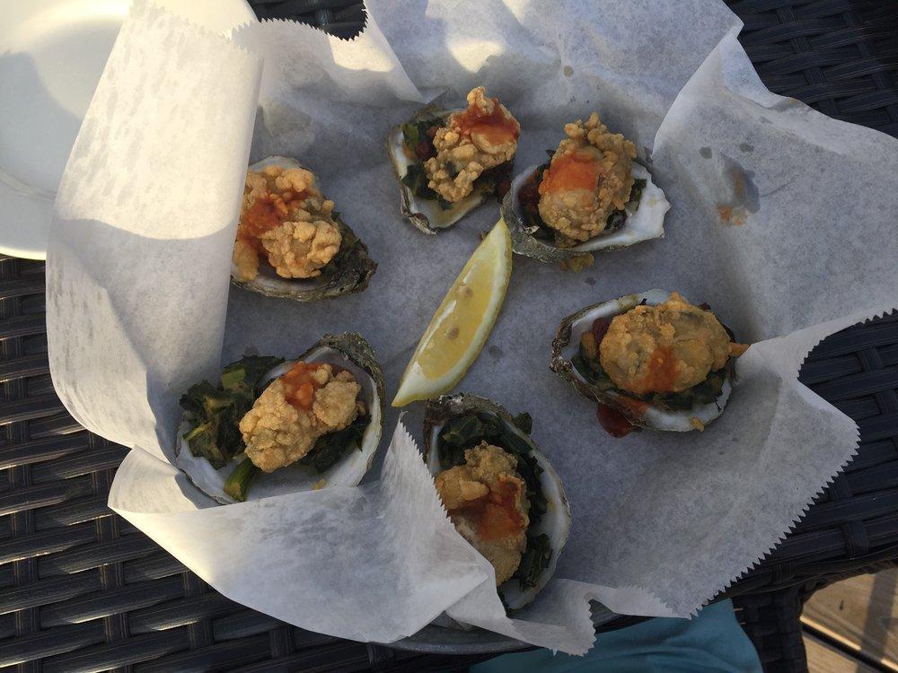 Edenton Bay Oyster Bar: 621 W Queen St, Edenton, NC