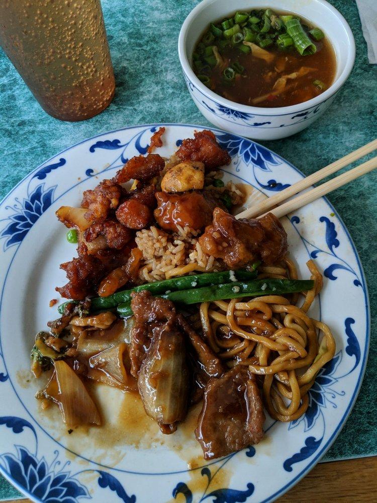 Mr. Lu's Bellefonte Wok Chinese Restaurant: 111 S Allegheny St, Bellefonte, PA