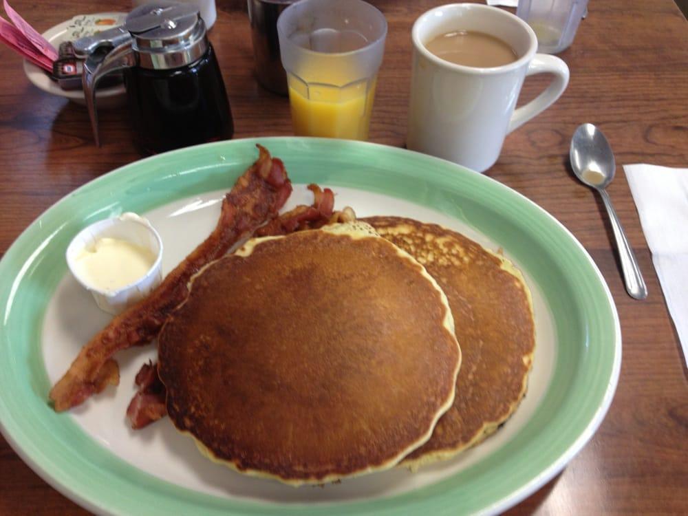 Joan's Diner: 3480 Oneida St, Chadwicks, NY