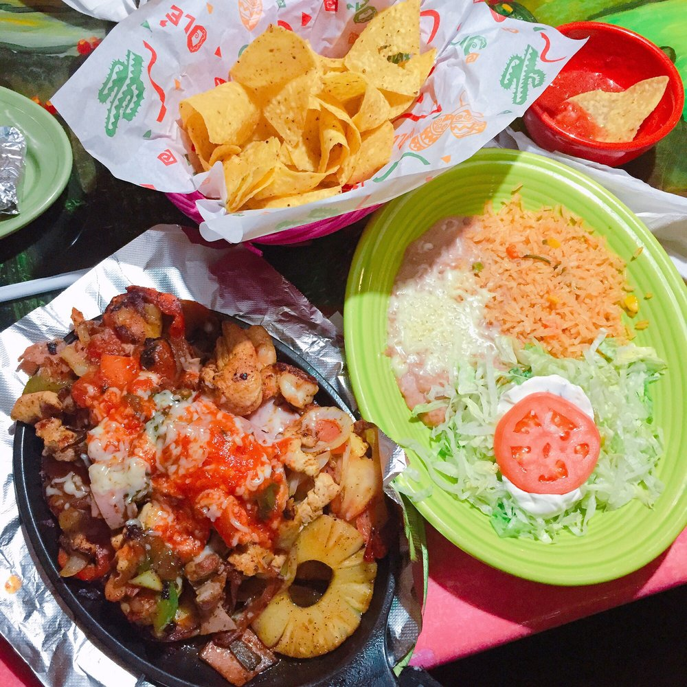 Cozumel Mexican Restaurant: 1139 W Main St, Whitewater, WI