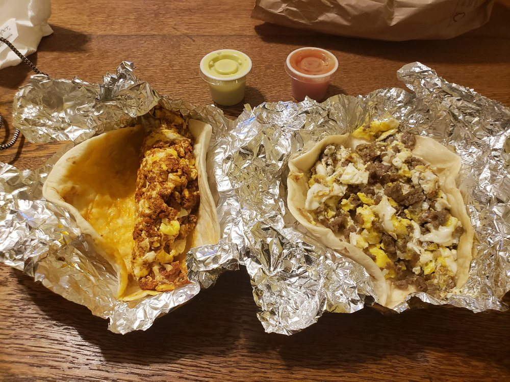 Mami's Taco's: 7200 Manchaca Rd, Austin, TX