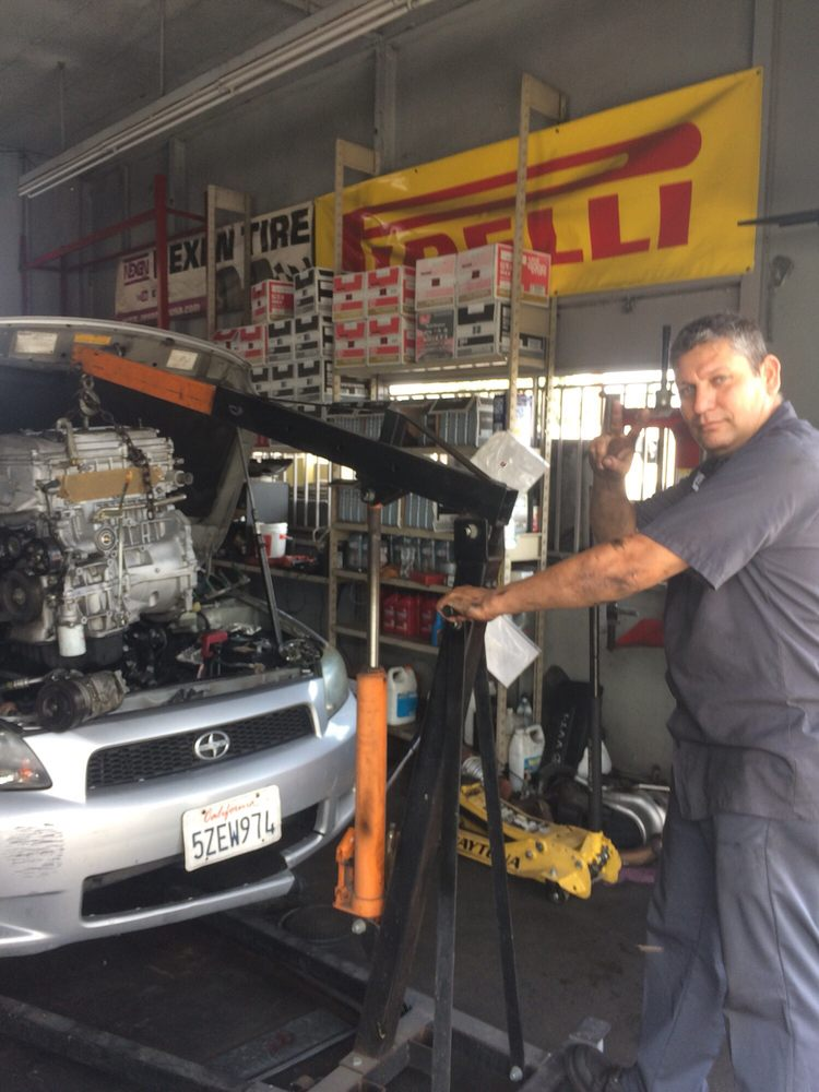 World Auto Repair: 607 Puente Ave, La Puente, CA