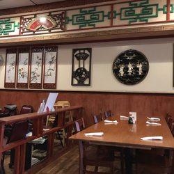 Photo Of Whey Chai Chinese Restaurant Racine Wi United States Inside Seating