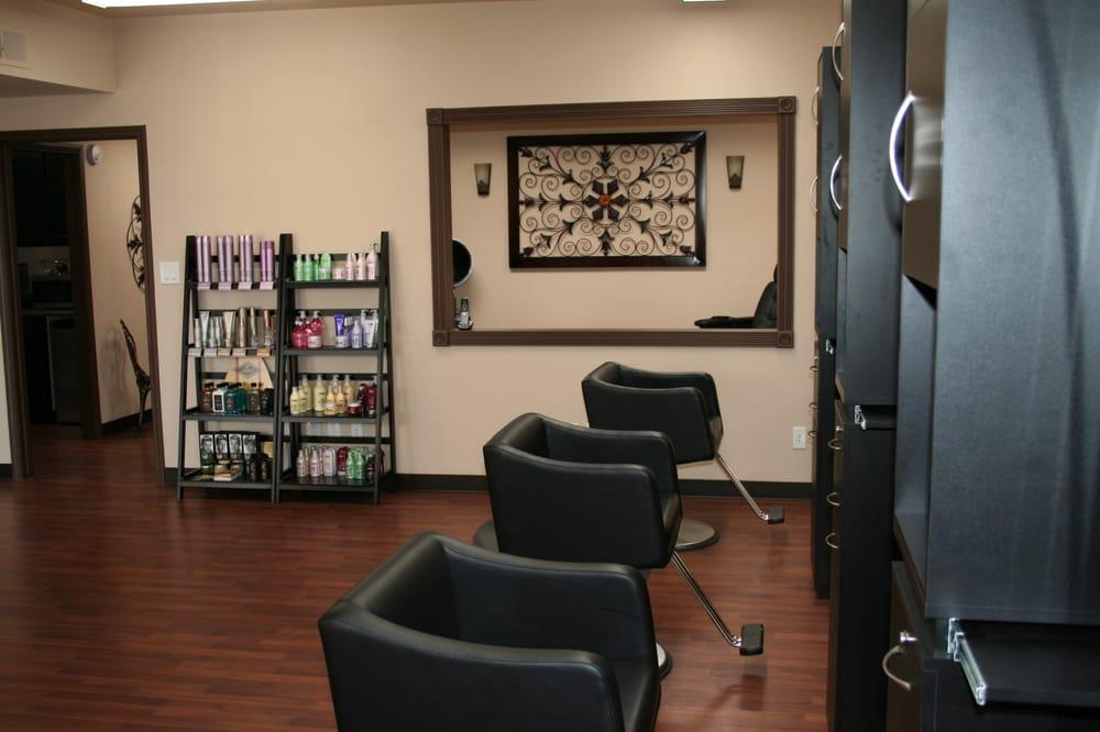 D Hair Lounge: 110 E Florence Blvd, Casa Grande, AZ