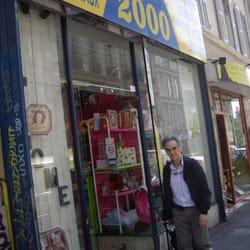 B 2000 - Magasins de bricolage - 23 rue des Trois Frères Barthélémy ... 2a26037f1f83