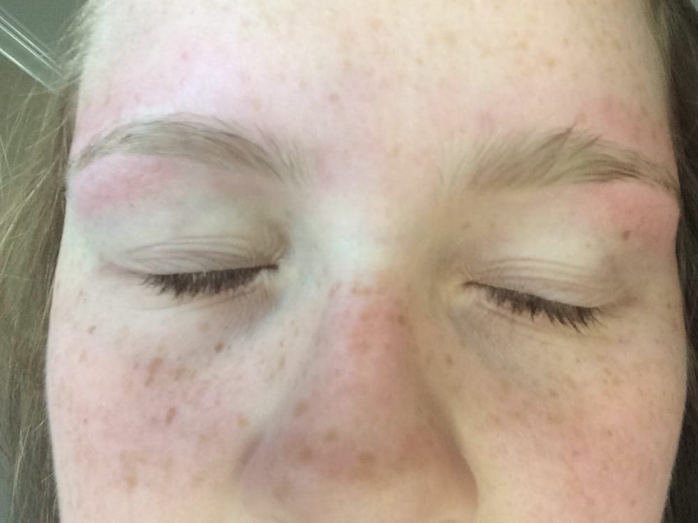 this is what my eyebrows looked like after i got them done here. - Yelp