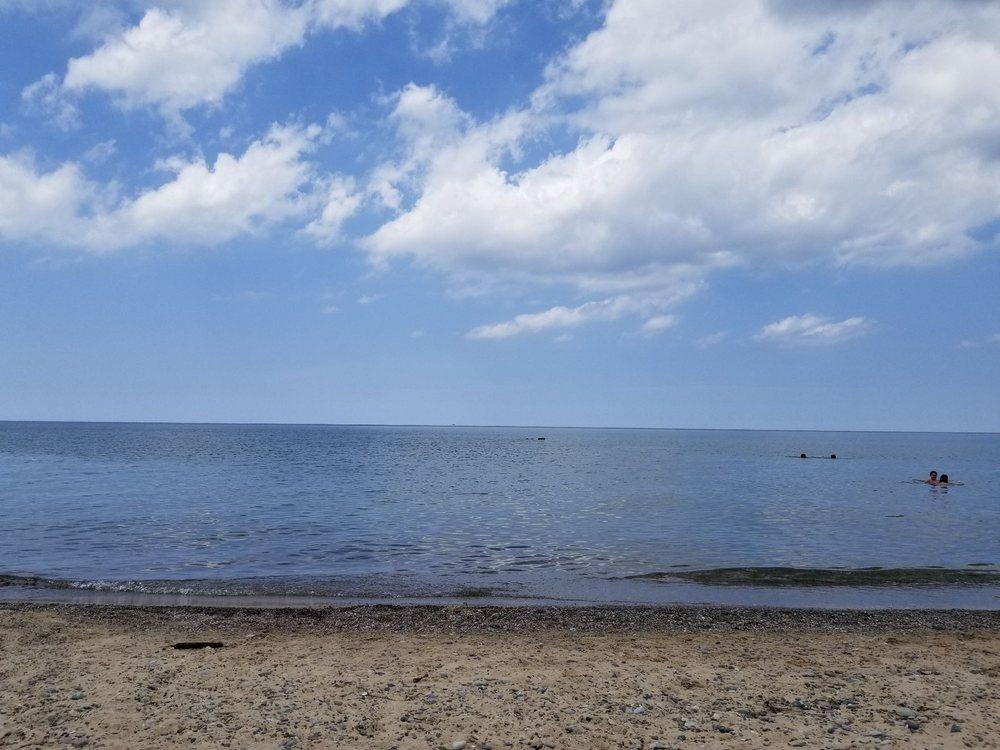 Rocky Gap Beach: 1078-1180 Rocky Gap Rd, Benton Harbor, MI