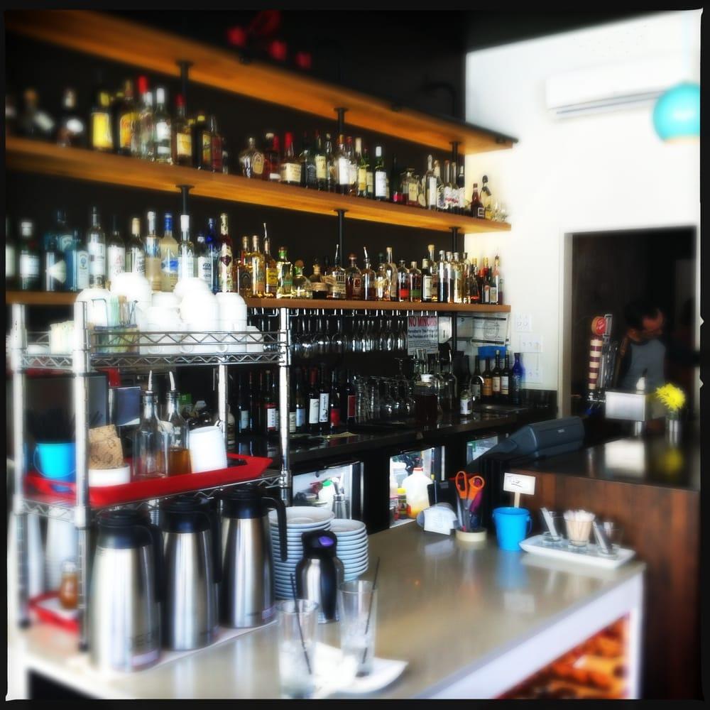 Songbird chiuso 78 foto e 102 recensioni cocktail for Cocktail 102