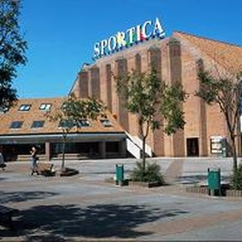 Sportica cin ma boulevard europe gravelines nord for Sportica piscine