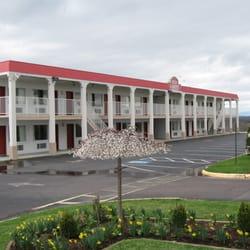 Photo Of Red Carpet Inn Suites Culpeper Va United States