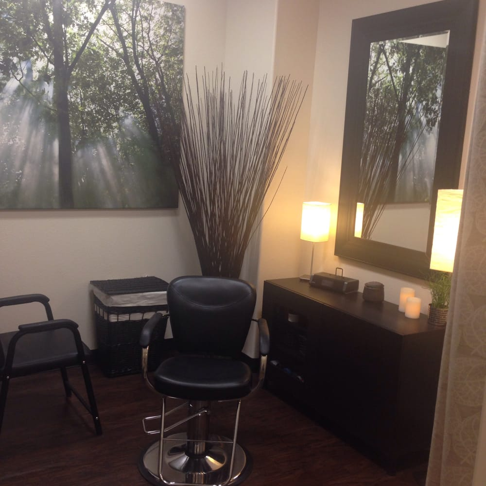 J elizabeth hair and sugaring studio closed 16 reviews for Big salon mirrors