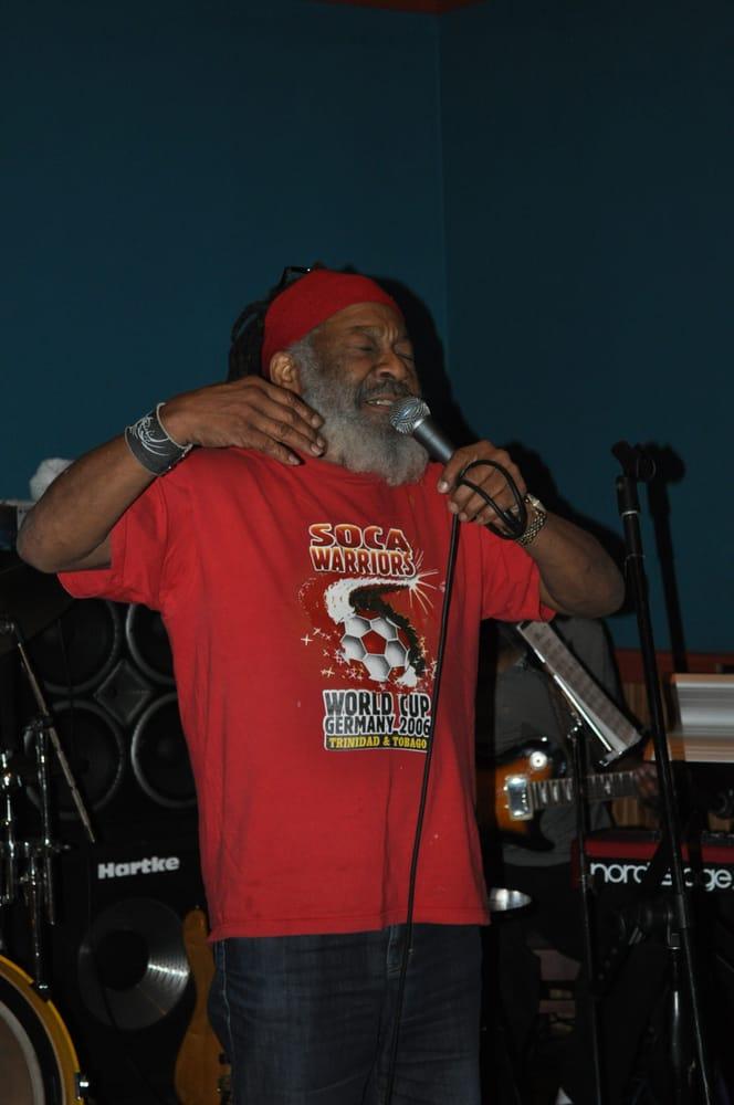 Fedora Blues Club: 6826 Market St, Upper Darby, PA