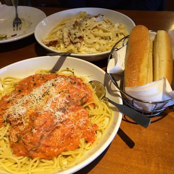 Photo Of Olive Garden Italian Restaurant   Westbury, NY, United States.  Promo Right