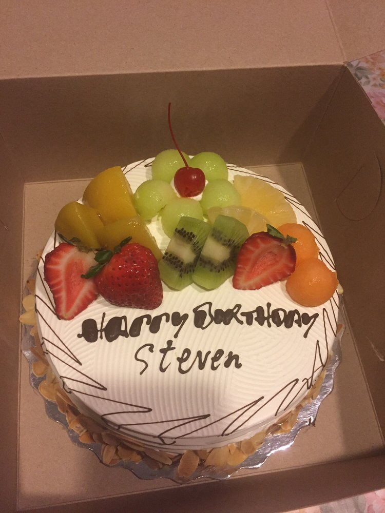 Horrendous writing on my brothers birthday cake Yelp