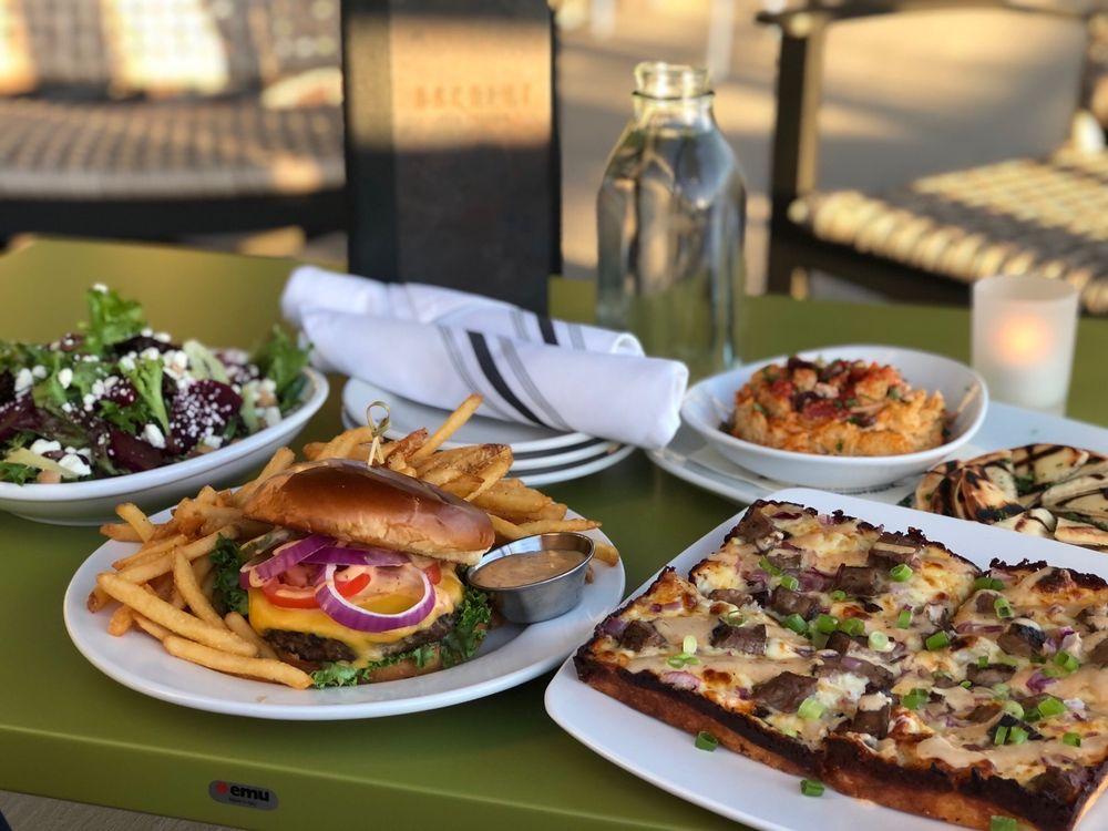 Backlot Pizza + Kitchen: 6200 S 205th Plz, Elkhorn, NE