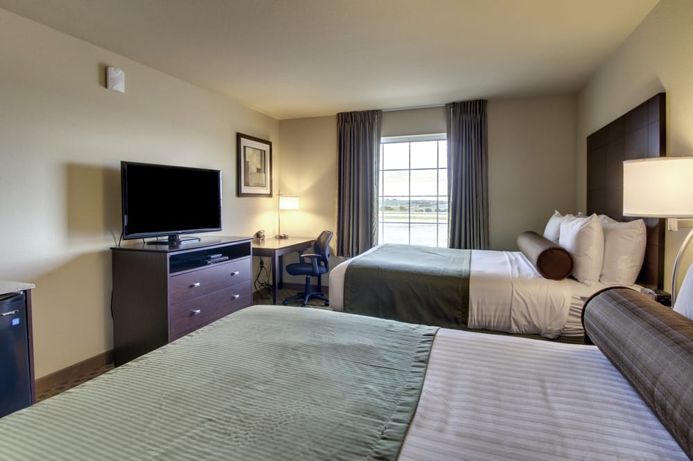 Cobblestone Inn and Suites: 7013 N Chestnut St, Avoca, IA