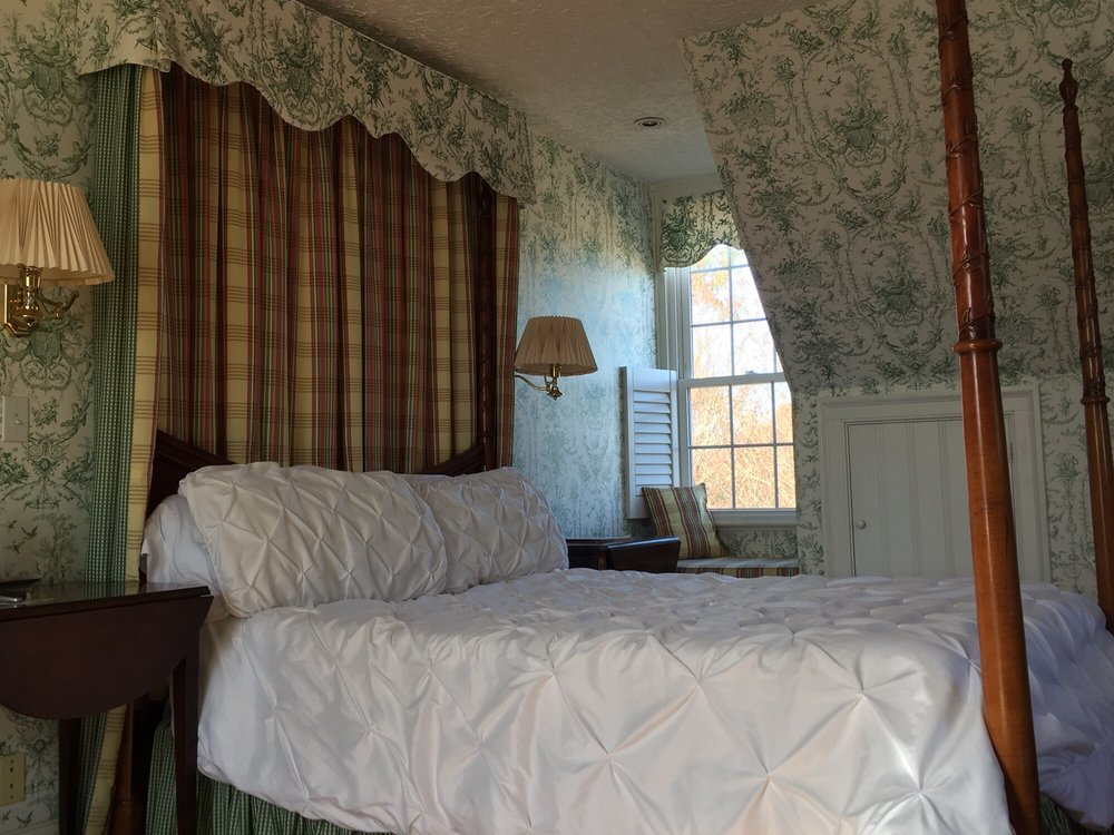 Nesselrod Bed and Breakfast: 7535 Lee Hwy, Radford, VA